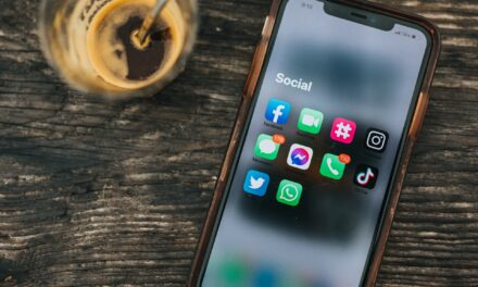 RATING SOCIAL PLATFORMS – GUESS WHO GETS THE HIGHEST SCORE!